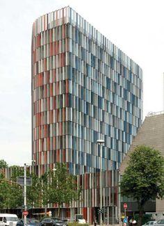 "KfW Westarkade building Frankfurt - design by sauerbruch hutton  Sauerbruch Hutton's KfW-building in Frankfurt is ""Best Tall Building in the World 2011"""