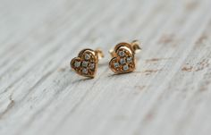 Gold Stud Earrings. Delicate earrings can become the perfect gift for Christmas, birthdays or any other occasion – a unique product by arpelc via en.DaWanda.com #heart #romantic #love