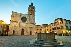 A 2 DAY TRIP THROUGHOUT UMBRIA TO CHOOSE THE PERFECT WEDDING VENUE - http://www.paolocicognani.com/2-day-trip-throughout-umbria-to-choose-the-perfect-wedding-venue/