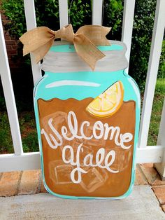 Mason Jar Door Hanger- Southern Sweet Tea or Lemonade- Door Decor- Door Art… Mason Jar Crafts, Mason Jars, Canning Jars, Cute Crafts, Diy And Crafts, Jar Jar, Burlap Door Hangers, Wooden Hangers, Diy Cutting Board