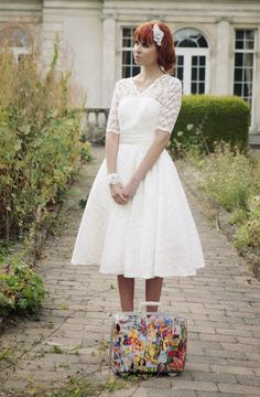 http://www.trendyweddingleblog.com/2013/07/shoe-friday-le-retro-de-kitty-dulcie.html