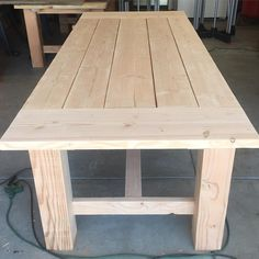 Douglas Fir is a pain to work with because it wants to splinter bad. But if you can get a good sanding on it, it looks wonderful. Diy Furniture Table, Farmhouse Furniture, Furniture Projects, Dinning Room Tables, Diy Dining Table, Dining Rooms, Homemade Kitchen Tables, Wood Shop Projects, Diy Projects