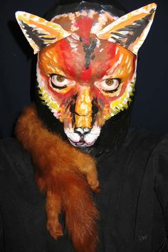Oh my god, how did that makeup artist make this? His lower face just disappears & morphs into a fox!  ...from 15 Most Incredible Face Paintings - Oddee.com (face paintings)