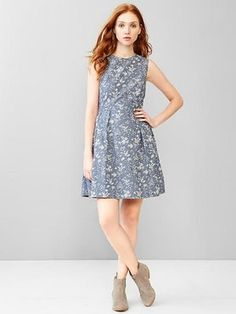 Pin for Later: 33 Spring Dresses That Are Totally Mum Approved  Gap Floral Fit & Flare Dress (£45)