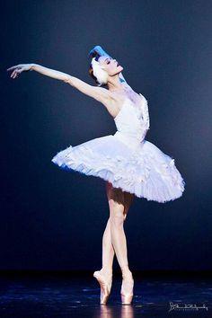 "Ulyana in ""The Dying Swan"" /photo by Stanislav Belyaevsky"