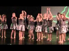 Danse école maternelle Sophie mai 2015 - YouTube