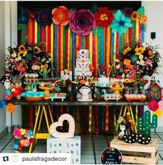 Decoration in Mexican colors for parties - Fiesta casera Mexican Birthday Parties, Mexican Fiesta Party, Fiesta Theme Party, Party Themes, Party Ideas, Birthday Crafts, Mom Birthday, Birthday Decorations, Birthday Ideas