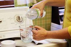 Os benefícios do vinagre na lavagem de roupas: 1. Cheiro de mofo; 2. Manchas de roupas coloridas; 3. Manchas amareladas de peças brancas; 4. Manchas provenientes do suor; 5. Alternativa ecologicamente correta.artesanato que faz