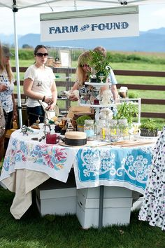 Vintage Tablecloths And Height As Linen Tablecloth Fabrics