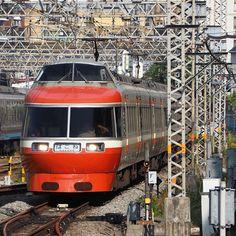 久しぶりのロマンスカーLSE #鉄道 #電車 #小田急 #ロマンスカー #7000系 #LSE #はこね #OLYMPUS #OMD #EM10 by dd101murasame