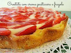 Crostata con crema pasticcera e fragole ricetta estiva