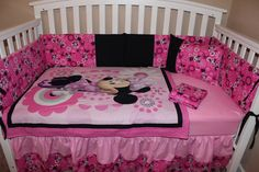 Minnie Mouse 5 piece Crib set by DeltaAnnsCreations on Etsy Minnie Mouse Crib Set, Mickey Mouse Bedroom, Baby Mouse, Disney Baby Bedding, Baby Bedding Sets, Crib Sets, Disney Quilt, Paisley Bedroom, Baby Nursery Themes