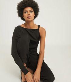 Amina Black Twist Shoulder Top – REISS