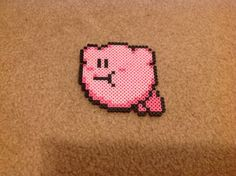 Diese Perler Bead Sprite ist aus Kirbys Adventure. Kirby verschickt werden kann, als ein Schlüsselanhänger, Magnet, Pin oder als-ist. Wählen Sie die