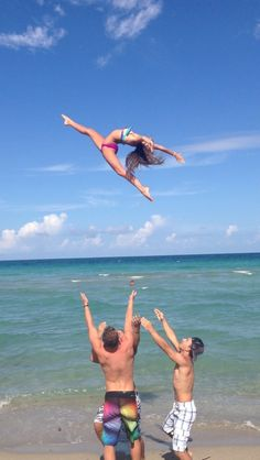 #cheer #cheerleading #stunt #basket #baskettoss #coed #fly #beach #throw #sport #dance #flexibility #allstar #competition #college