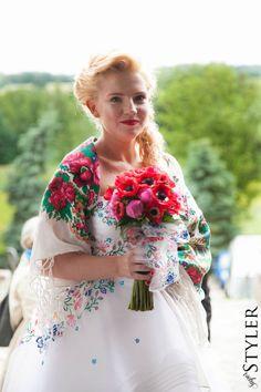 Dlaczego suknia ślubna jest biała - modern (traditional) wedding dress :-)