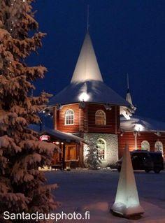 Maison de Noël au Village du Père Noël à Rovaniemi en Laponie