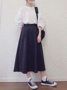 Korean Street Fashion - Life Is Fun Silo Long Skirt Fashion, Long Skirt Outfits, Modest Outfits, Simple Outfits, Modest Fashion, Fashion Dresses, Skirt Ootd, Casual Outfits, Korean Fashion Trends