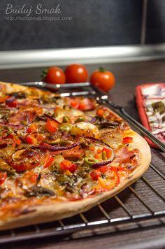 Domowa pizza jak z pizzerii Vegetable Pizza, Dinner Recipes, Vegetables, Food, Amazing, Pies, Essen, Vegetable Recipes, Meals