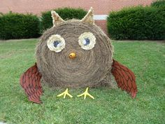 Hay Bale Decor - Owl