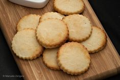 Condensed Milk Cookies - the perfect way to use up that leftover condensed milk you have lying in the fridge. Condensed Milk Biscuits, Condensed Milk Desserts, Condensed Milk Cookies, Indian Dessert Recipes, Sweets Recipes, Baking Recipes, Cookie Recipes, Yummy Recipes, Lemon Cookies