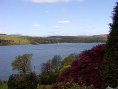 beautiful Lake Windemere Lake District England photo©jadoretotravel