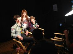 Matt, Karen, and Arthur shooting an interview at the Wired Cafe today. Doctor Who Tumblr, Doctor Who Quotes, Doctor Who Cast, Eleventh Doctor, Arthur Darvill, David Tennant Doctor Who, Clara Oswald, Rory Williams, Bbc America