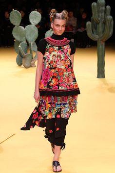 [No.28/64] Tokuko 1er Vol 2012 春夏コレクション | Fashionsnap.com   Tokuko does Mexico