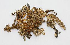 Hair accessory; ca. 1830; silver gilt, topaz.
