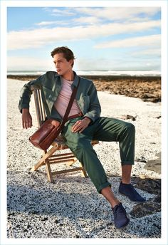 Greg Nawrat stars in Gino Rossi's spring-summer 2018 campaign.