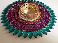 Diya Designs, Rangoli Designs Flower, Colorful Rangoli Designs, Rangoli Designs Diwali, Thali Decoration Ideas, Diy Diwali Decorations, Diwali Diya, Diwali Craft, Cd Crafts