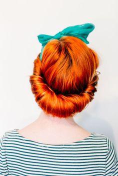 3 different ways to wear a vintage hair scarf - cool fashion ideas #scarf #hair #fashion