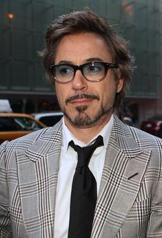Robert Downey Jr. Wayfarer Sunglasses - Robert Downey Jr. Looks - StyleBistro