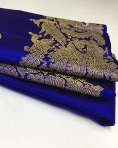 Beautifullllll colour😍😍😍 Indian Silk Sarees, Pure Silk Sarees, Bridal Sarees, Mirror Work, Siri, Beautiful Saree, Blouse Designs, Gold Jewelry, Women's Fashion