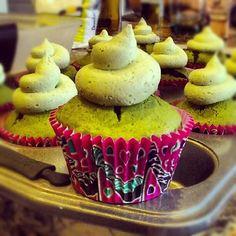 Matcha/Green Tea Cupcakes with Matcha Buttercream