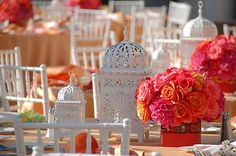 great combo of lanterns and floral