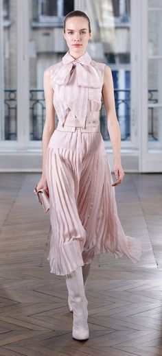 Ralph & Russo Fall 2018 Ready-to-Wear Fashion Show Collection: See the complete Ralph & Russo Fall 2018 Ready-to-Wear collection. Look 11