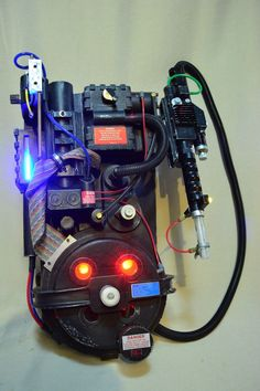 Ghostbusters 2 Screen Accurate E-Ticket Proton Pack with Lights & Sound i had one of these when i was a kid lol