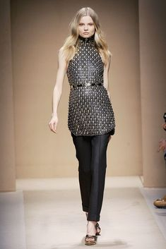 Salvatore Ferragamo Fall 2010 Ready-to-Wear Collection - Vogue