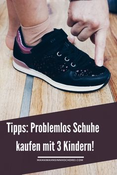 Schuhkauf mit drei Kindern, Tipps, wie es problemlos funktionieren kann. MamaWahnsinnHochDrei Werbung