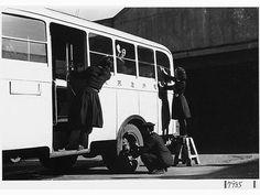 昭和15年頃、京急バスガール