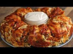 Garlic Knot Chicken Alfredo Ring | Tasty - YouTube