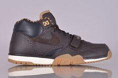 Nike Sportswear Air Trainer 1 Premium Quickstrike. NV