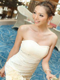 【楽天市場】山崎みどり 着用 ドレス 胸元レース フリル裾 散りばめビジュー ミニドレス