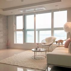Asian Home Decor, really scintillating tip, research the pin image reference 7317887573 today. Room Design Bedroom, Home Bedroom, Bedroom Decor, Mansion Interior, Living Room Interior, Korean Apartment Interior, Inside A House, Asian Home Decor, Minimalist Room