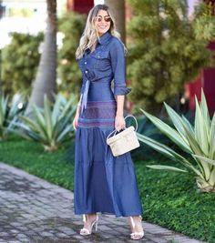 b8feb26ec9 37 Outfits con Faldas Largas en Tendencia para Cualquier Ocasión