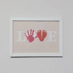 子供の手型アートや足型アートで簡単おしゃれに「LOVE」文字を作ろう! [ママリ]