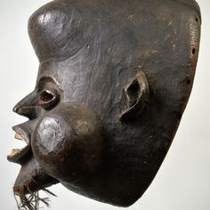Nkoh Earth Pigments, Mary Sue, The Orator, Male Figure, Sierra Leone, Clay Beads, Lion Sculpture, African, Carving