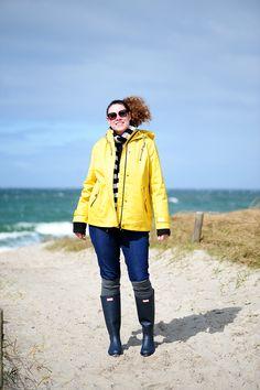 .: DIY outfit: striped shirt and jeans :. #DIY #burdastyle #DIYfashionblog