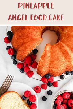 This 3 ingredient Pineapple Angel Food Cake is just 5 SmartPoints per portion on all of the Weight Watchers plans. An easy, delicious WW dessert recipe. #weightwatchersdessertrecipe #wwrecipes #wwrecipeswithpoints #wwdesserts #wwblueplan #wwgreenplan #wwpurpleplan Ww Recipes, Cake Recipes, Dessert Recipes, Cooking Recipes, Vegetarian Recipes, Weight Watcher Cookies, Weight Watchers Desserts, How To Make Cake, Food To Make